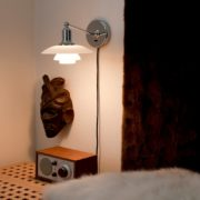 Exklusive Wandleuchte mit Schalter für den Nachttisch